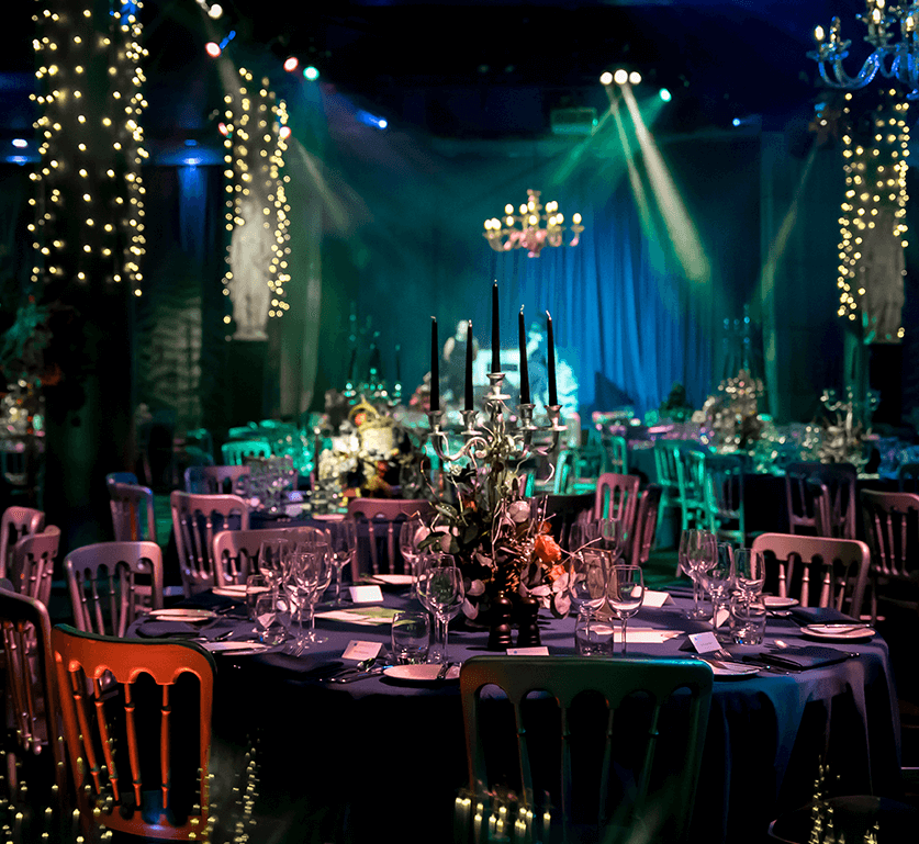 Cabaret table setup in the Underglobe