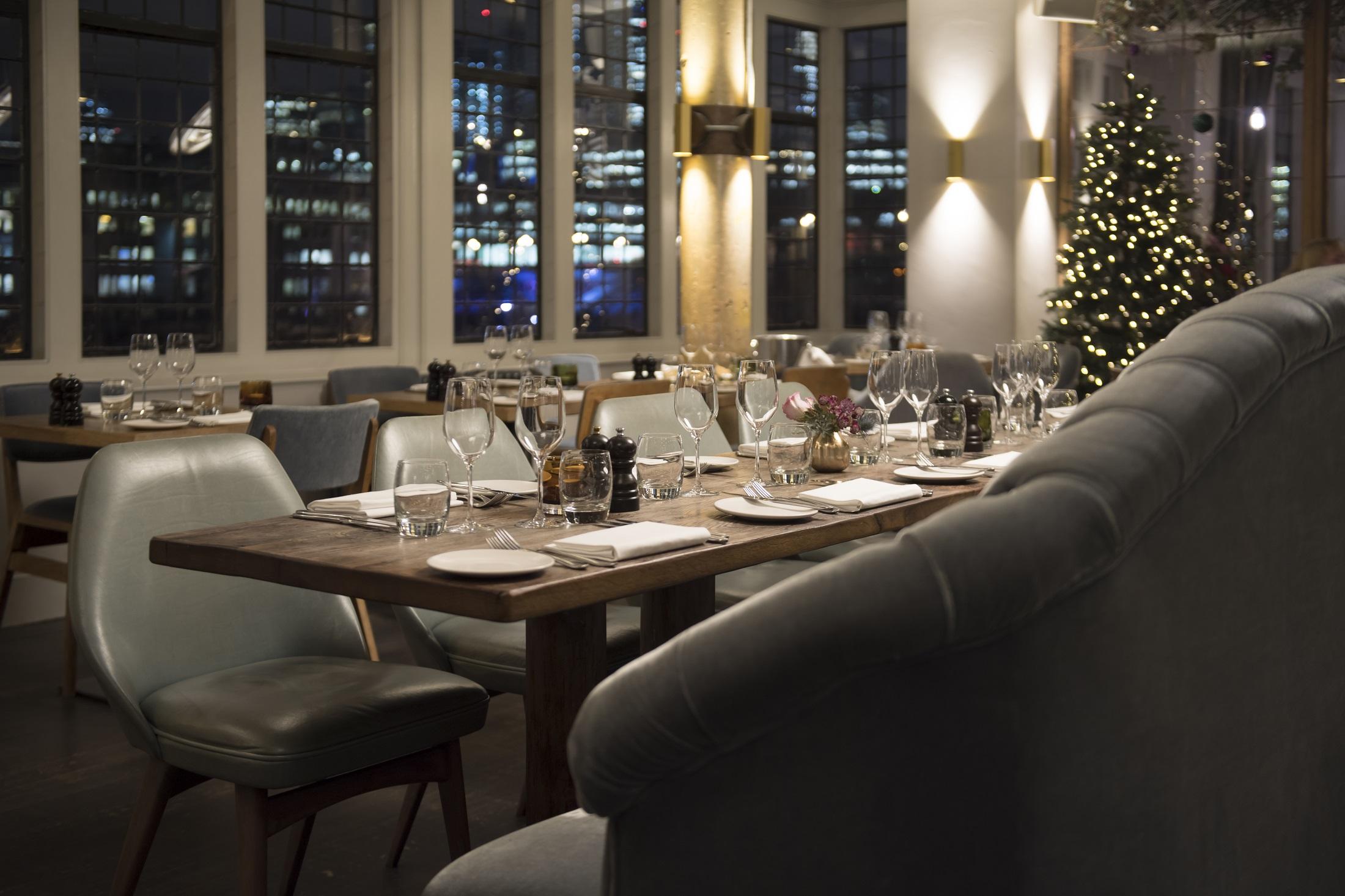 Christmas Restaurant.Christmas In The Restaurant Christmas 2019 Swan